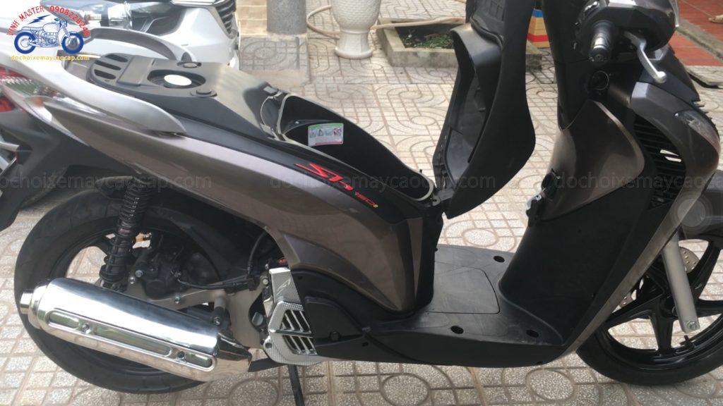 Hình ảnh: Dàn áo V3 màu xám long chuột độ cho xe SH Việt Nam giá rẻ tại shop Vinh Master TpHCM Q1